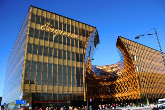 Emporia shopping mall located in the city of Malmö in Sweden has some amazing architecture.