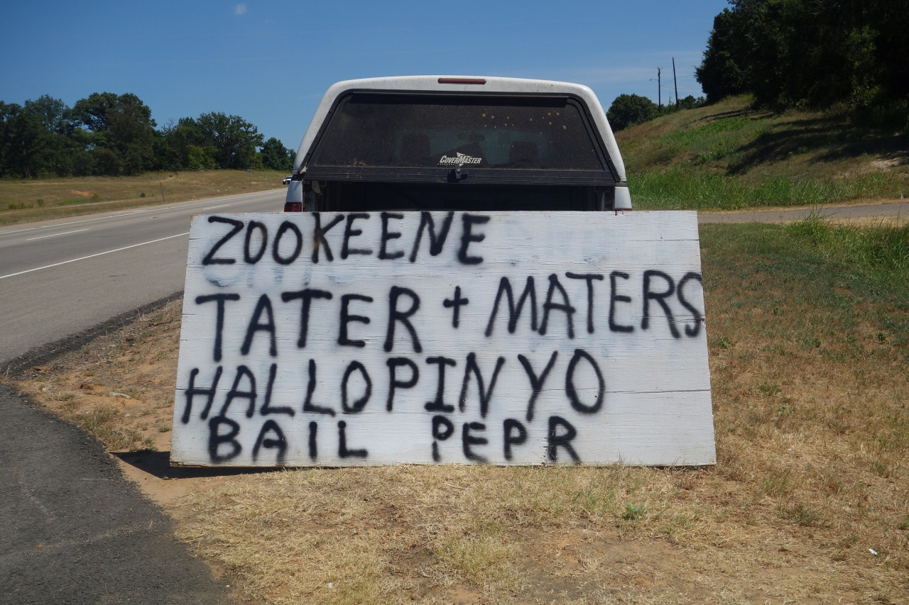 Roadside produce sign written by someone who is not very good at spelling.